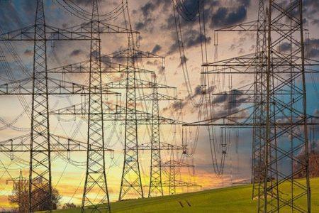 【電気屋が解説】直流(DC)と交流(AC)の違いとは?それぞれの特徴