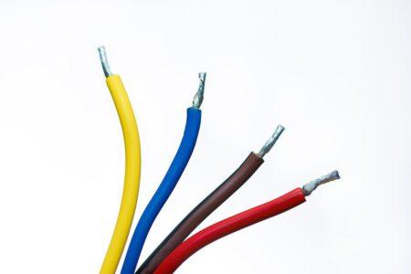 HPケーブルとは?屋外使用、AEとの違い、サイズ(外径)、許容電流等