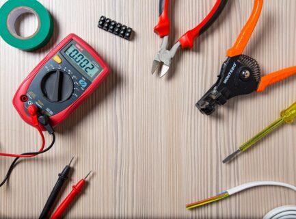 回路計(テスター)とは?機能、使い方、読み方、オススメ商品など